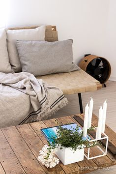 This Bedroom was shared by {pepper schmidt}. Find more Bedroom ideas and inspiration at{mine} Sinnerlig Ikea, Cozy Living, Living Room, Bohemian Room, Sofa, Couch, Living Styles, Daybed, Recycling