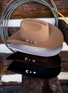 Timeless fur felt cattleman hats since Womens Western Hats, Western Cowboy Hats, Cowgirl Hats, Cowgirl Style, Rodeo Outfits, Cowboy Outfits, Cowboy Hat Styles, Vaquera Sexy, Country Hats