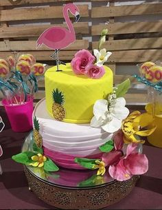 More decorating ideas on albums: Flamingo Party 2 Flamingo Party 3 Flamingo Party, Flamingo Cake, Flamingo Birthday, My Birthday Cake, Luau Birthday, Birthday Parties, Aloha Party, Luau Party, Bolos Pool Party