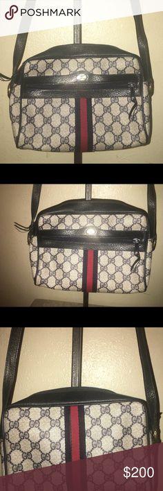 fd5f62d0e825 Vintage Gucci Accessory Collection Bag Nice
