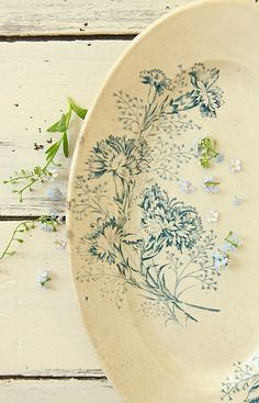 pretty little forget me nots on beautiful plate