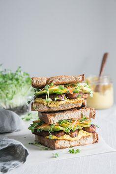 Sweet & Spicy Tempeh Sandwich + Sunflower Carrot Aioli (Vegan) by The Green Life Vegan Sandwich Recipes, Sandwich Fillings, Veggie Sandwich, Healthy Sandwiches, Vegetarian Recipes, Tofu Recipes, Vegetarian Lunch, Breakfast Sandwiches, Tempeh
