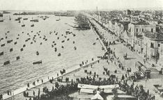 Salonica quayside in early At that period, the Entente forces had put on for public display, in front of the city's White Tower the emblem of a German airplane as loot of war Turkish War Of Independence, National Geographic Images, Public Display, Out Of The Closet, As Time Goes By, World War One, Thessaloniki, Crete, Image Collection
