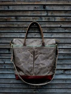 Diaper bag   weekend bag in waxed canvas with leather handles and bottom  COLLECTION UNISEX Batohy 5305a8baeb