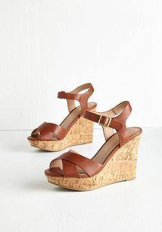 Par for the Corks Wedge in Cognac. Make an entrance in these fabulous brown wedges, and it will come as no surprise when youre greeted with a sea of compliments! Cute Sandals, Shoes Sandals, Brown Wedges Outfit, Color Caramelo, Dressy Shoes, Cute Summer Outfits, Casual Summer, Leather Wedge Sandals, Sock Shoes