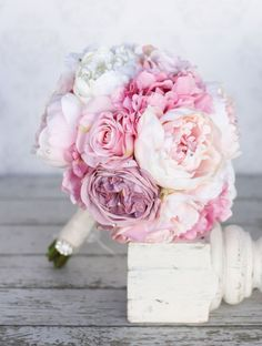 Shades of pink and peonies