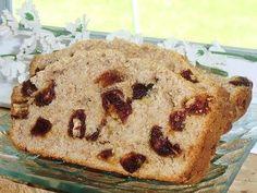 Pain aux dattes sublimement fondant - Recette Ptitchef Fondant, Banana Bread, Pains, Maya, Food, Date Loaf, Bread Mold, Essen, Meals