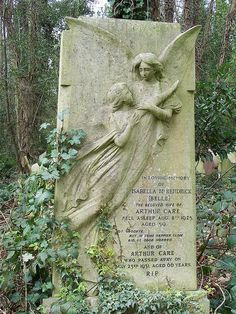 Highgate Cemetery, England. Exquisite