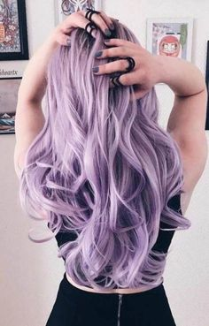 Pastel Wavy Long Hair Style Explore trendy purple hair color ideas From light and pastel to bright lavender to ombre, balayage, and highlights - Hair Style Girl Bright Purple Hair, Bright Hair Colors, Hair Color Purple, Purple Ombre, Long Purple Hair, Purple Style, Color Red, Purple Wig, Orange Ombre