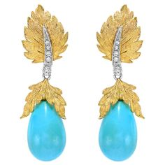View this item and discover similar for sale at - A vibrant pair of turquoise and total diamond earrings completely hand engraved in the traditional Florentine style. Coral Turquoise, Turquoise Earrings, Diamond Earrings, Drop Earrings, Statement Earrings, Latest Gold Jewellery, Gold Jewellery Design, Handmade Beaded Jewelry, Glamour