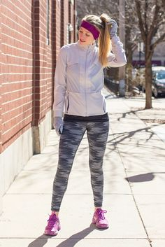 bra – Brooks leggings – Brooks tank – Brooks jacket – Brooks gloves – Brooks headband – Brooks shoes – Brooks Spring is a weird time for running outdoors. One day it's so warm all you need is a tank top and shorts, other days it's so frigid it's almost too cold to even consider... View Article