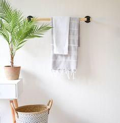 Maak je eigen houten handdoekenrek in drie simpele stappen | Do it yourself towel rack | KARWEI 10-2017