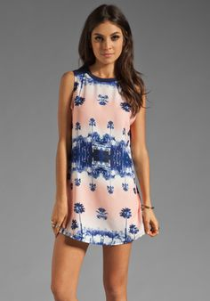 FINDERS KEEPERS Moondance Tunic Dress in Miami Nights Print at Revolve Clothing - Free Shipping!