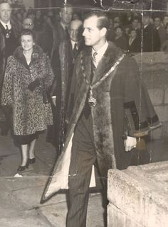 1955 Prince Philip The Duke Of Edinburgh This Evening Attended A Church Service At St Andrews Under Shaft In Leadenhall Street London Hm The Queen, Royal Queen, Save The Queen, Reine Victoria, Queen Victoria, Queen Esther, Queen Elizabeth Ii, English Royal Family, Prince Phillip