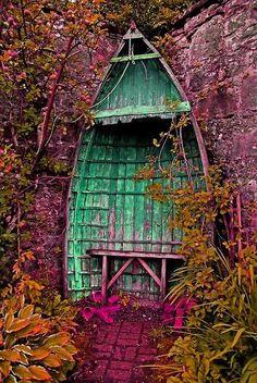 Tassels - an old wooden boat makes a spectacular garden folly/refuge