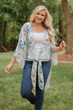 Sadie Floral Print Kimono #shopthebyb #outfitoftheday #styleoftheday  #outfitinspiration #ootd #onlineboutique #boutique #onlineshopping #fashion #love #shopsmall #trend #style #fashion #womensclothing #shoplocal #styleblogger #womensfashion #wearitloveit #2020fashion #casualstyle #casualoutfit