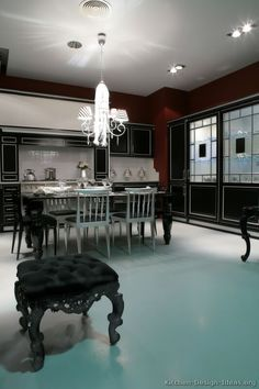 #Kitchen Idea of the Day: Traditional black kitchens gallery.