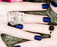really feeling matte nails lately!  i'm currently rocking this matte blue look.  it almost looks like suede.