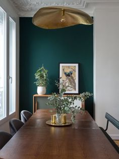 Find out why modern living room design is the way to go! A living room design to make any living room decor ideas be the brightest of them all. Cosy dining room designs as seen from above just like these amazing living room decor set to die for! Decor, Dining Room Design, Living Design, Interior, Dining Room Decor, Home Decor, House Interior, Green Dining Room, Room Interior