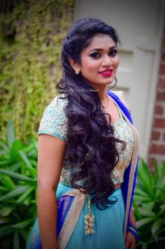 Our pretty client Pavithra looks gorgeous for her brother-in-law's sangeet cerem. - Weddings: Dresses, Engagement Rings, and Ideas Lehenga Hairstyles, Indian Bridal Hairstyles, Simple Wedding Hairstyles, Dress Hairstyles, Curled Hairstyles, Bride Hairstyles, Hairstyles Haircuts, Cool Hairstyles, Hairdos