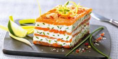 Our recipe ideas Mille feuille of smoked salmon with lemon mascarpone Fish Recipes, Seafood Recipes, Cooking Recipes, Salmon Recipes, Fingerfood Party, Snacks, Fish Dishes, Smoked Salmon, Finger Foods