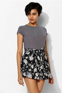 Band Of Gypsies Full Floral Skirted Short