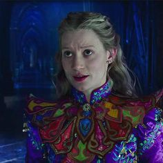 Hot: Alice Through the Looking Glass trailer drops: Favorite characters return and dangerous villain debuts