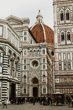 The Duomo, Florence - Victoria Smyrniotis - Duomo Florence, Italy - The Places Youll Go, Places To See, Wonderful Places, Beautiful Places, Places To Travel, Travel Destinations, Voyage Europe, Belle Villa, Travel Aesthetic