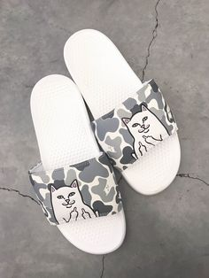 bde4dc5bf5c78 RIPNDIP Lord Nermal Snow Camo Slide Sandals
