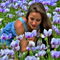 napsugar1958 - flowers,garden, - lány és tulipánok Indian Wedding Photography Poses, Free Online Jigsaw Puzzles, Sweet Kisses, Sick Kids, Always Smile, Lany, My Heart Is Breaking, Peace And Love, Tulips