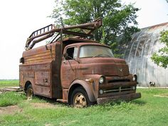 Abandoned Old Dodge truck. Antique Trucks, Vintage Trucks, Cool Trucks, Big Trucks, Old Dodge Trucks, Automobile, Cab Over, Rusty Cars, Abandoned Cars