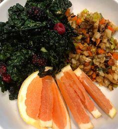 Breakfast was good tho! Lacinato kale and berries grapefruit and parsnip leek carrot sautée #breakfast #eatclean #healthy #eatfit #wishywashyvegitarian #wahlsprotocol #lyanislunchbox