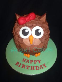 Owl cake by Angell cakes