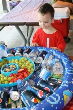 Turn A Kiddie Pool Into A Drink Station At A BBQ #Contest