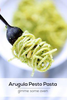 Arugula Pesto Pasta   gimmesomeoven.com