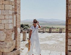 At first I thought she was Princess Diana out on one of her international visits. 😂 Kath should definitely post this on her feed. Most Beautiful Pictures, Cool Pictures, Filipina Actress, Daniel Padilla, Cant Help Falling In Love, Kathryn Bernardo, Vacation Trips, Vacations, Princess Diana