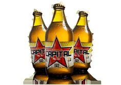 Cerveja Capital, estilo American Pale Ale, produzida por Microcerveceria Capital, Chile. 5% ABV de álcool.