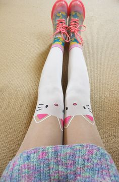 Awwh i like these too >.< so cute!