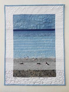 The Artistry of Sheena Norquay, Part 4 — Seabird Collection – Harriet M-f – weberei Ocean Quilt, Beach Quilt, Art Textile, Textile Artists, Fabric Painting, Fabric Art, Fabric Panel Quilts, Quilting Projects, Quilting Designs