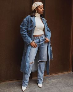 ve pulled together a list of 16 jean jacket outfits we?d gladly wear any day of the week. Black Jeans Outfit, Denim Outfit, Denim Trench Coat, Cool Outfits, Summer Outfits, Missguided Tops, Jean Jacket Outfits, Denim Handbags, 60 Fashion