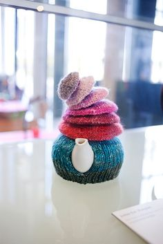 Cozy. I SO HAVE TO MAKE THIS!!!!!