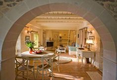 Traditional house Aer - Living Room http://mistsa.com - 1