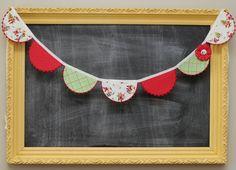 Christmas Fabric Bunting Scallop Garland with por tadacreations