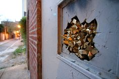 URBAN GEODES There is barely a corner of the world that has not been touched by the magical sparkle of Paige Smith...