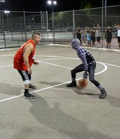 """STREETBALL AT ITS FINEST - THE PROFESSOR IS BACK: SPIDER MANS ALTER-EGO """"VENOM"""" HUMILIATES STRANGERS ON THE BASKETBALL COURT 
