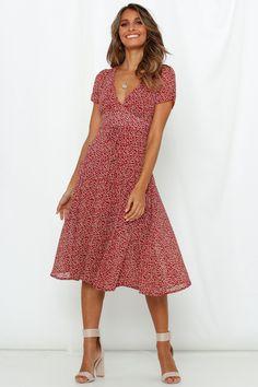 Stitch fix Summertime Blues Midi Dress Wine - Midi Kleider - Kleider Belted Shirt Dress, Blue Midi Dress, Dress Up, Dresses Dresses, Midi Dress With Sleeves, Floral Midi Dress, Wine Dress, Robes Midi, Midi Length Skirts
