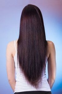 A Split end is when hair becomes dry or damaged, the hair shaft splits at the end. Once you have split ends, the only way to get rid of it is to get your hair trimmed. However, you can prevent split ends by taking good care of your hair. Long Hairstyles, Straight Hairstyles, Faded Hair Color, Hair And Beauty, Women's Beauty, Beauty Care, Beauty Women, Beauty Makeup, Beauty Hacks