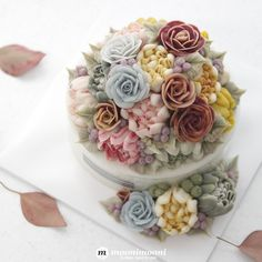 MOONIMOONI FLOWER CAKE 일전에 주문주신 분의 앙금꽃케이크. 이번에는 아버지의 환갑...