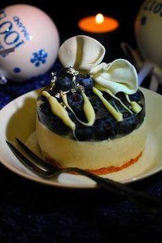 Kakkuviikarin vispailuja!: Suomi 100-vuotta leivos Independence Day, Panna Cotta, Cheesecake, Pudding, Ethnic Recipes, Desserts, Food, Cheesecake Cake, Flan