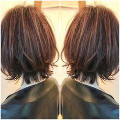 おばた もとし💇♀️ネオウルフ✂️大人ハイライト✨さんはInstagramを利用しています:「【光でとろけるハイライト×ネオウルフ 💙💜🙆♀️】 ・ インスタ見て来てくれました😍😍 ・ 首元のくびれがポイント☆小顔効果の高いウルフカット。御新規のお客様からの指名も大歓迎です🤗 ・ 骨格、髪質に合わせてオフィスでもOKなハイライトを入れてるから透明感が綺麗✨✨ ・…」 Smile Face, Color Correction, Bob Hairstyles, New Hair, Locks, Short Hair Styles, Hair Cuts, Hair Beauty, Lady